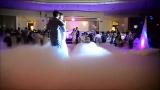 Hochzeitstanz im Nebel